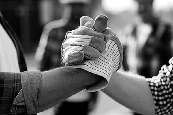 Posadzki betonowe – pierwsza pomoc